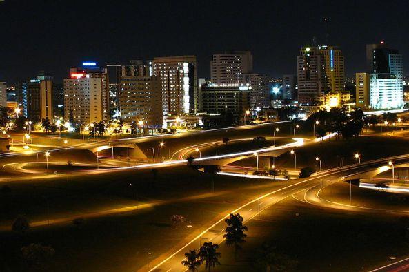800px-Brasilia_night